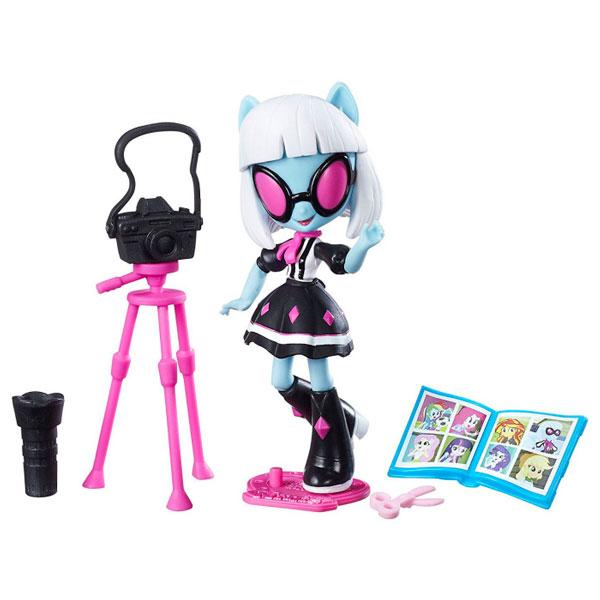 Кукла Hasbro Мини кукла с аксессуарами  B4909EU42-B9471