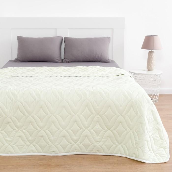 Одеяло Праздничное 172х205 см, полиэфирное волокно 200гр/м, микрофибра, пэ 100%