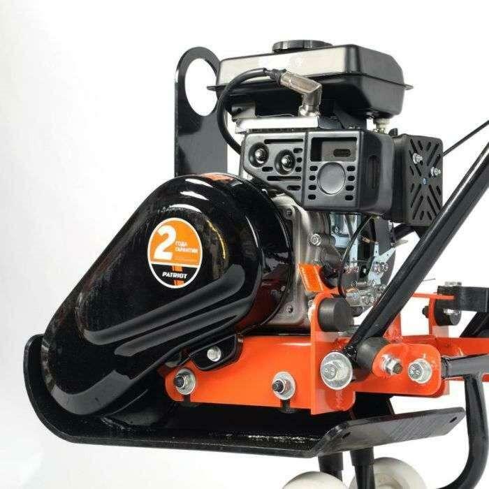 Виброплита PATRIOT VT-50LB, бензиновая, 4Т, LIFAN 154, 3 л/с, плита 515x300 мм, 2 л, 10 кН