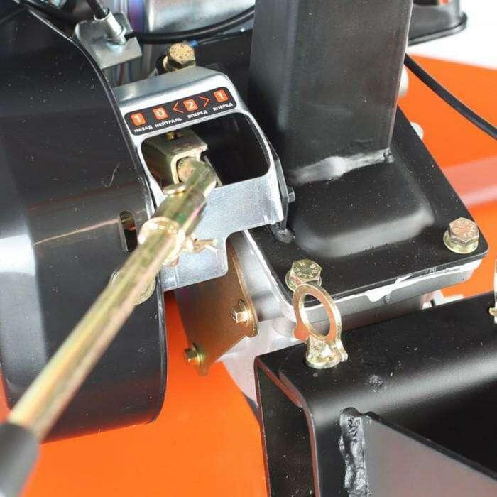 Мотоблок PATRIOT КАЛУГА, бензиновый, поворотный руль, 7 л/с, захват 85 см, скорости 2/1