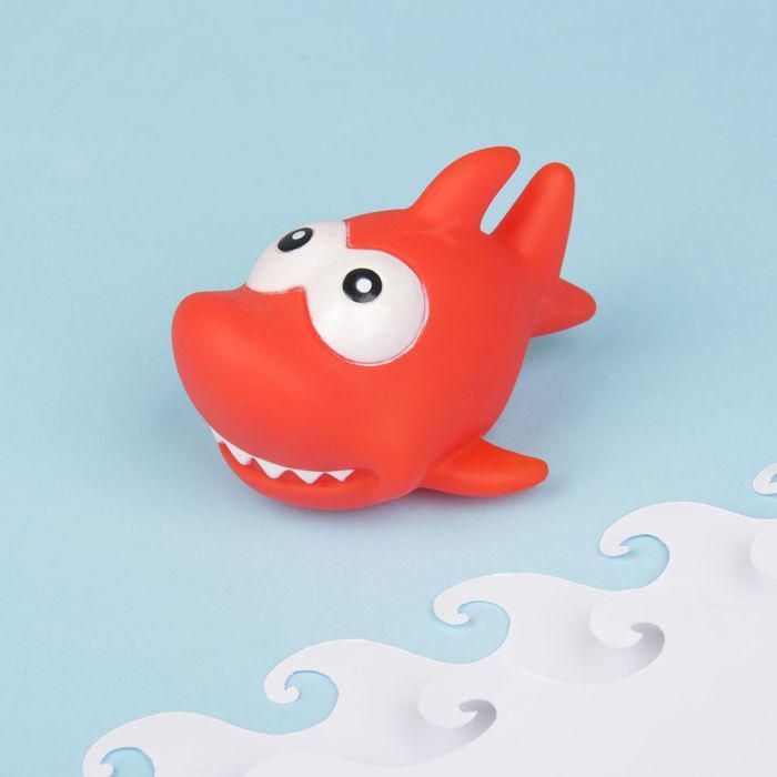 Игрушка для ванны «Акула», с пищалкой, цвет МИКС