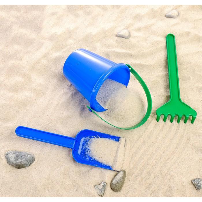 Набор для песка №111: 6 формочек, совок, грабли, ведро