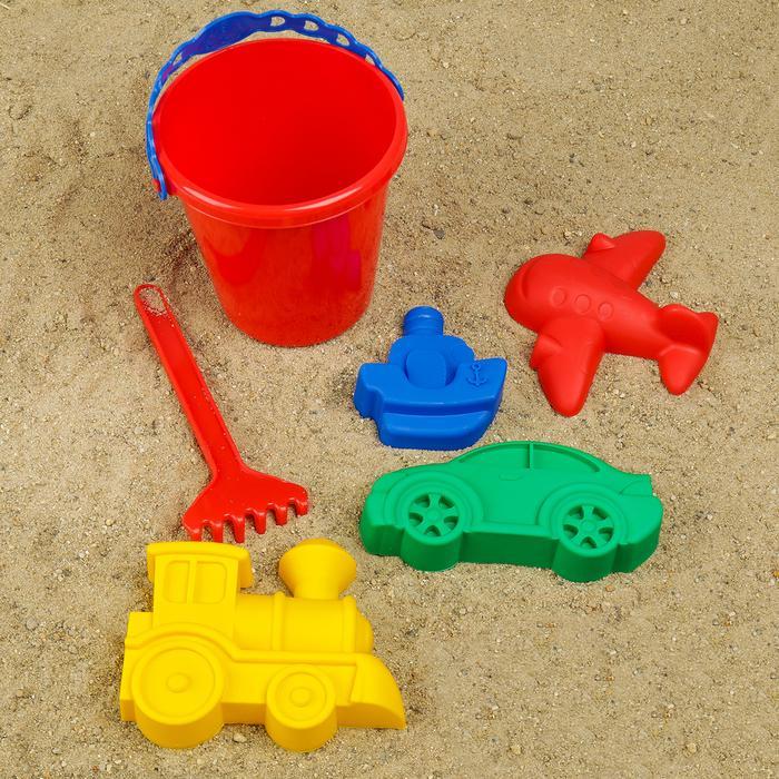 Набор для игры в песке №110: ведёрко, 4 формочки, грабельки
