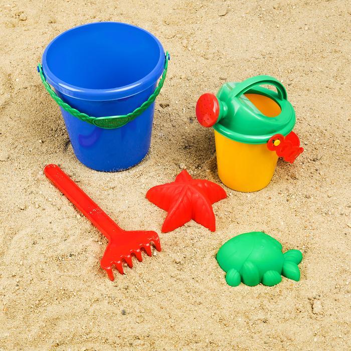 Набор для игры в песке №109    (4 формочки, ведро, грабли, лейка)   МИКС