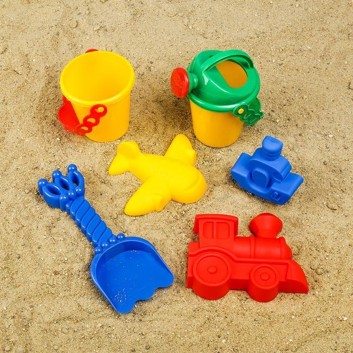 Набор для игры в песке №117: ведро, совок, лейка, 3 формочки