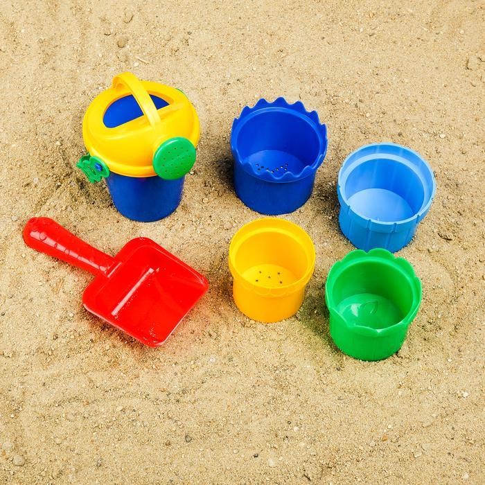 Набор для игры в песке №106: совок, 4 формочки, лейка