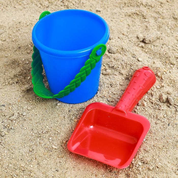 Набор для игры в песке №32: ведёрко, лопатка