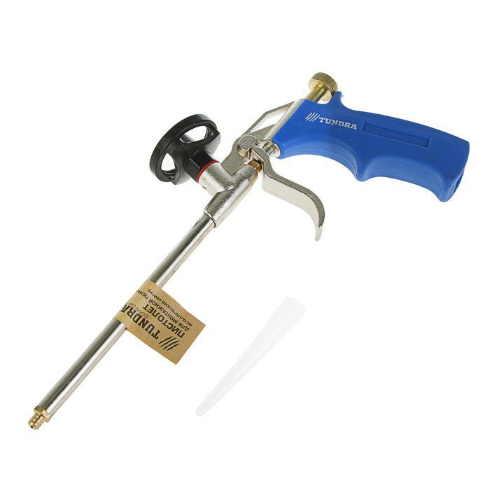 Пистолет для монтажной пены TUNDRA comfort металлический корпус
