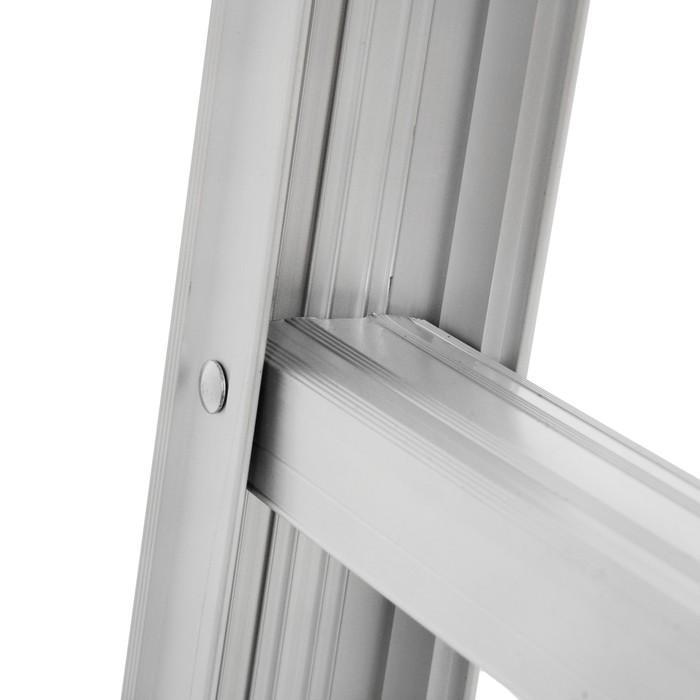 Лестница двухсекционная TUNDRA comfort, 2х4 ступени, алюминиевая, складная