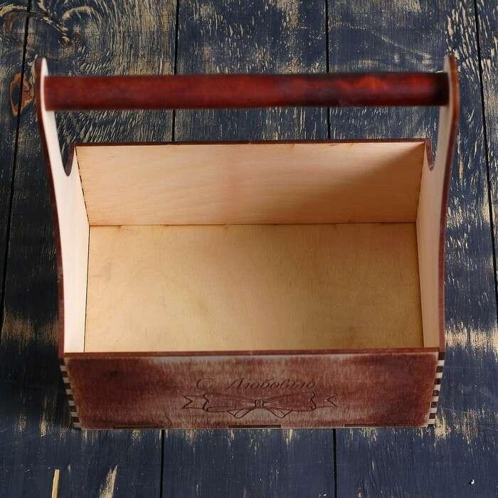 """Ящик-кашпо подарочный Мэлони Дэмур """"С Любовью"""", ручка деревянная, красное дерево"""