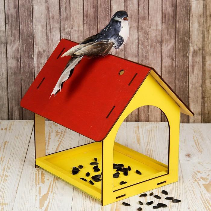 Кормушка для птиц «Теремок», 24 × 20 × 17 см, окрашенная