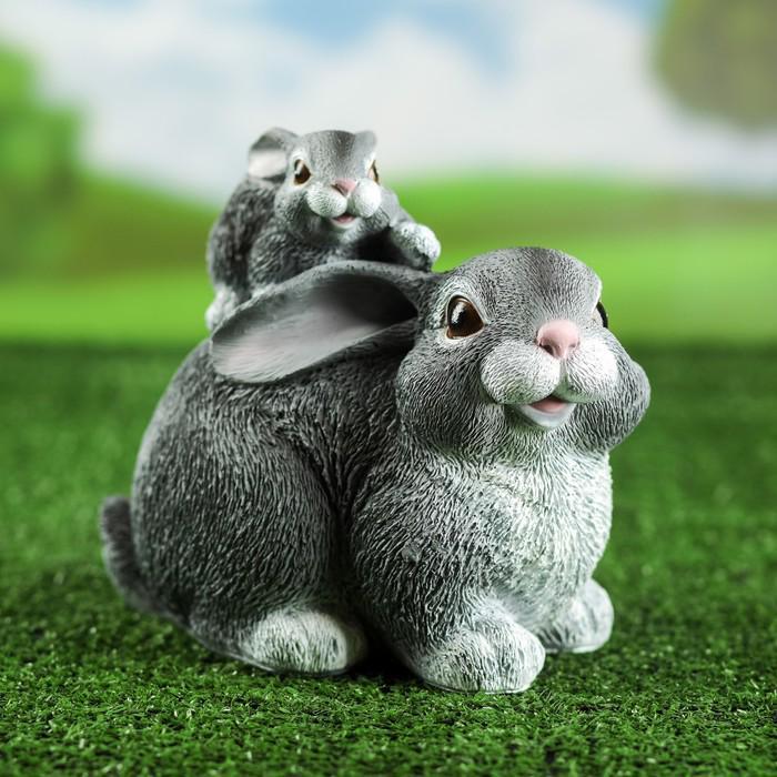 """Садовая фигура """"Заяц с зайчонком"""" серая, 19*15*23 см"""