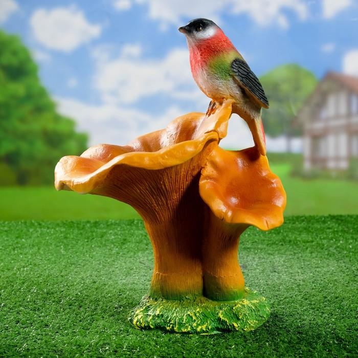 """Садовая фигура """"Гриб рыжик с птичкой"""" 20*22*32 см"""