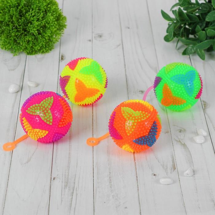 """Мяч световой """"Бумеранг"""" на резинке 7,5 см, цвета МИКС"""