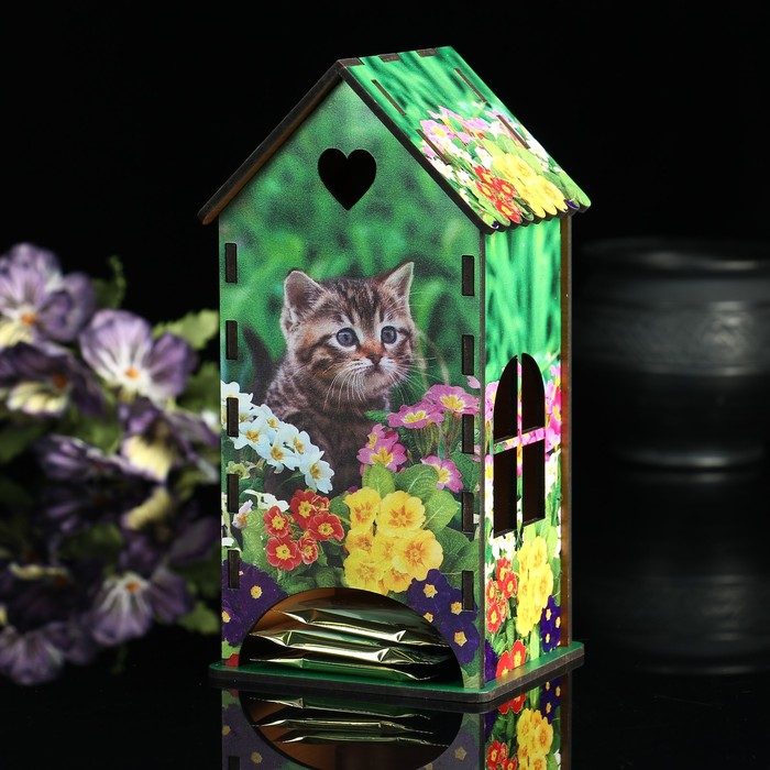 Чайный домик «Кот», цветы, 9,3×9,3×20 см