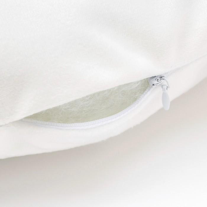 """Подушка """"Крошка Я"""" И, 40х37 см, фиолетовый, велюр, 100% п/э"""