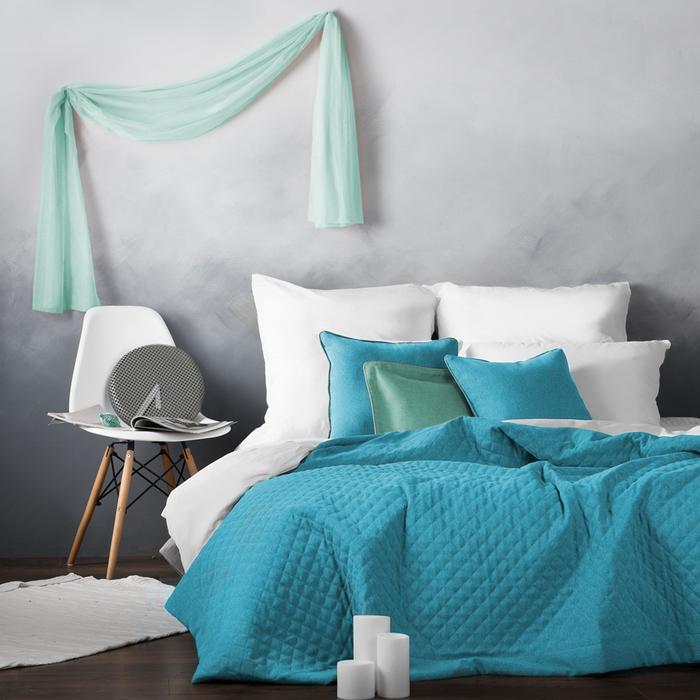 Комплект «Каспиан»: покрывало 230 × 250 см, наволочки 45 × 45 см - 2 шт, голубой