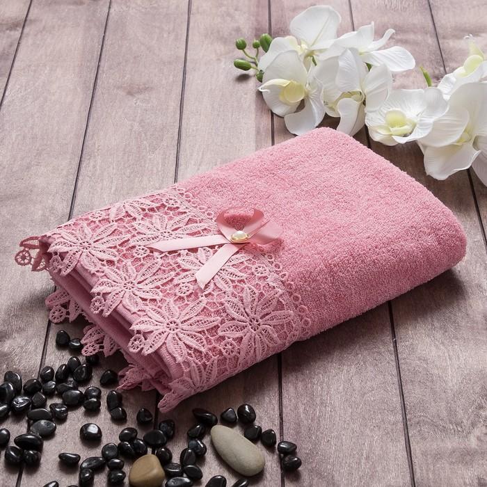 """Полотенце махровое  """"Ромашка"""" 70х140 см, хлопок 100%, малиновый, 420 г/м2"""