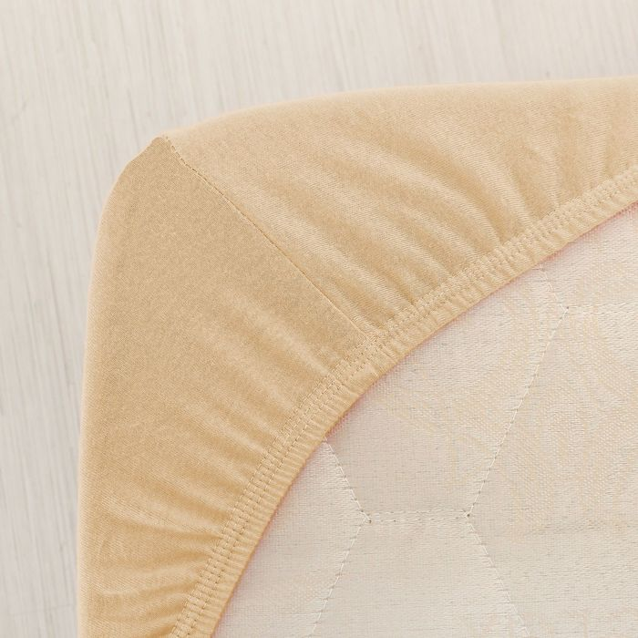 Простыня трикотажная на резинке, 180х200х20, цвет бежевый, 125 гр/м2