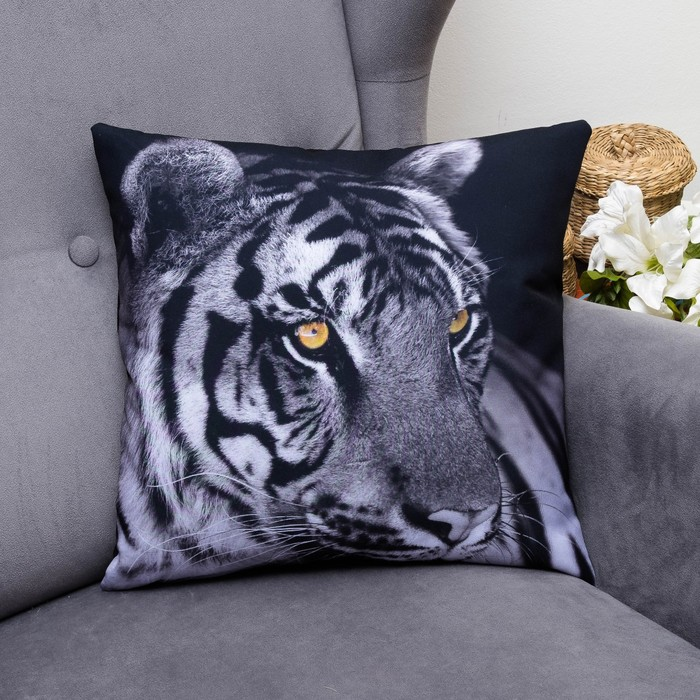 Подушка декоративная Белый тигр, 40х40см, габардин, синтетич. волокно, 160 гр/м