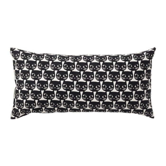 Подушка декоративная МАТТРАМ, размер 30х60 см, цвет чёрный/белый