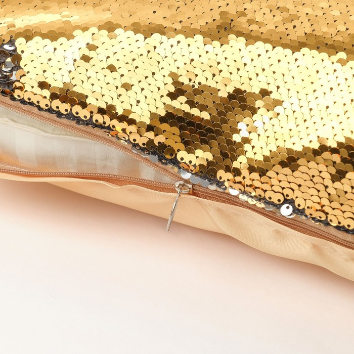 Наволочка декоративная Хамелеон 37×37 см, цвет золото - серебро, пайетки, 100%п/э