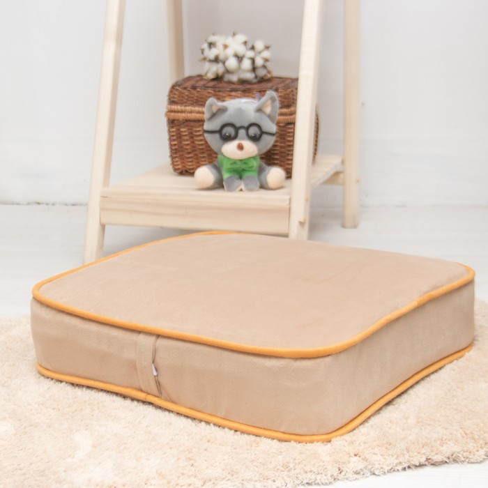 Подушка на стул квадратная 43х43 см, высота 10см, бежевый/желтый, велюр, поролон