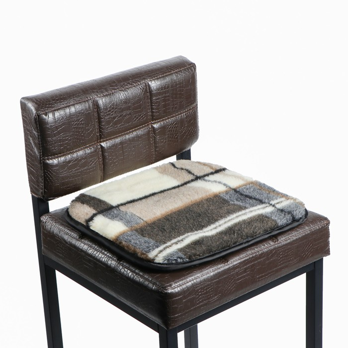 Накидка на сиденье двухсторонняя, тип 1, овчина 65%, 40 х 40 см