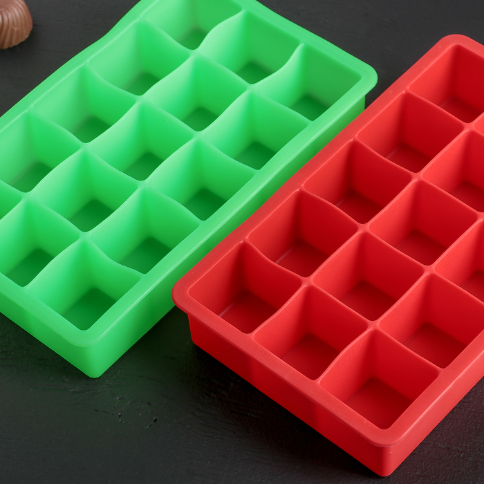 """Форма для льда и шоколада """"Кубик"""", 15 ячеек, цвета МИКС"""