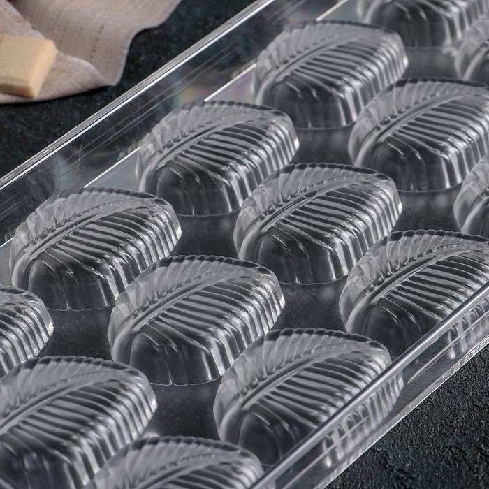 """Форма для шоколада 27,5×13,5 см """"Листва"""", 15 ячеек"""