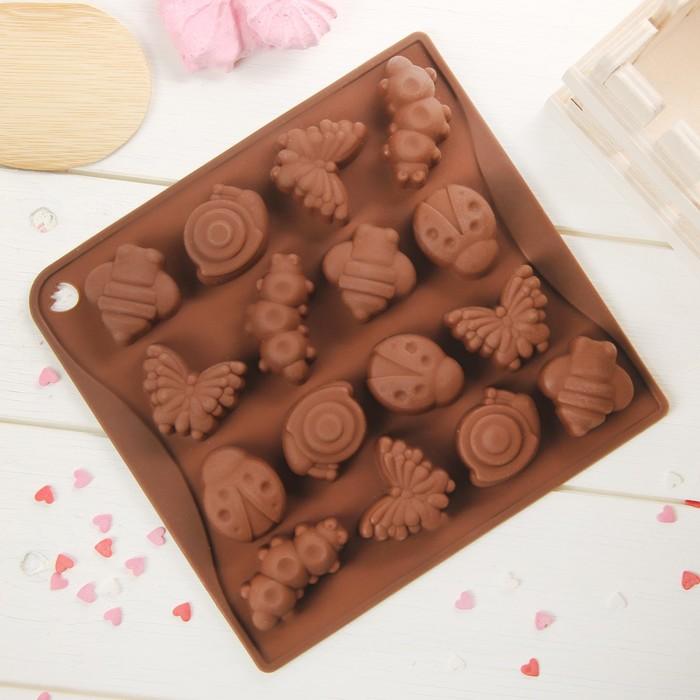 """Форма для льда и шоколада """"Насекомые"""", 16 ячеек, цвет шоколадный"""