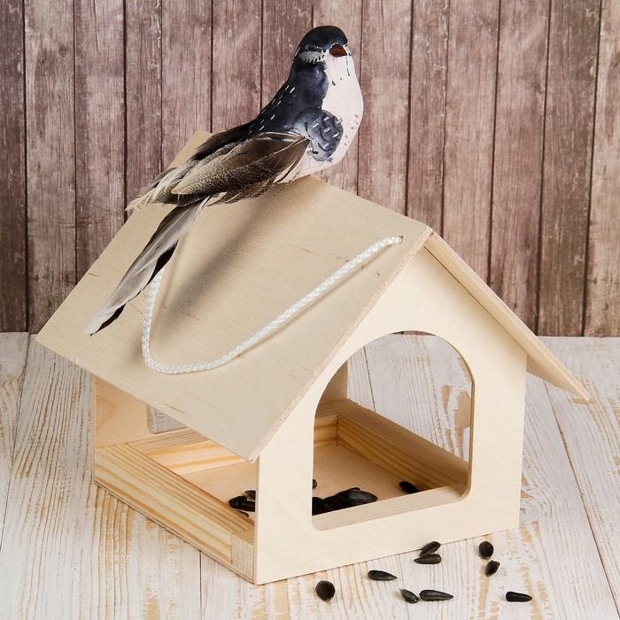 Кормушка для птиц «Теремок», 24 × 20 × 17 см