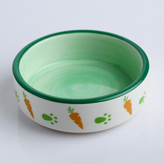 Миска керамическая для грызунов двухцветная с морковками, 8,8 х 8,8 х 3 см, зелёно-белая
