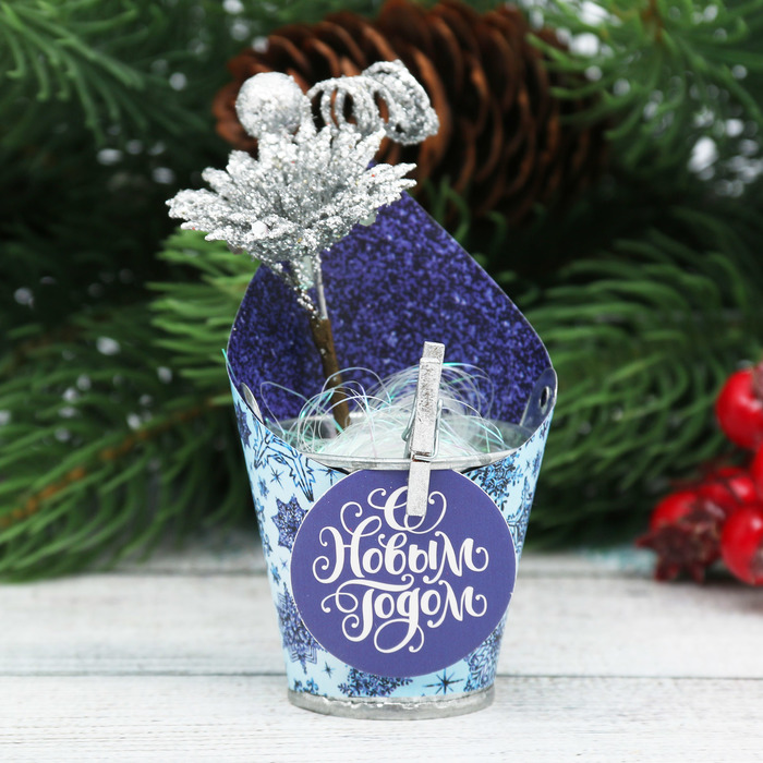 """Новогодний декор с пожеланием """"Снежной и нежной зимы!"""""""