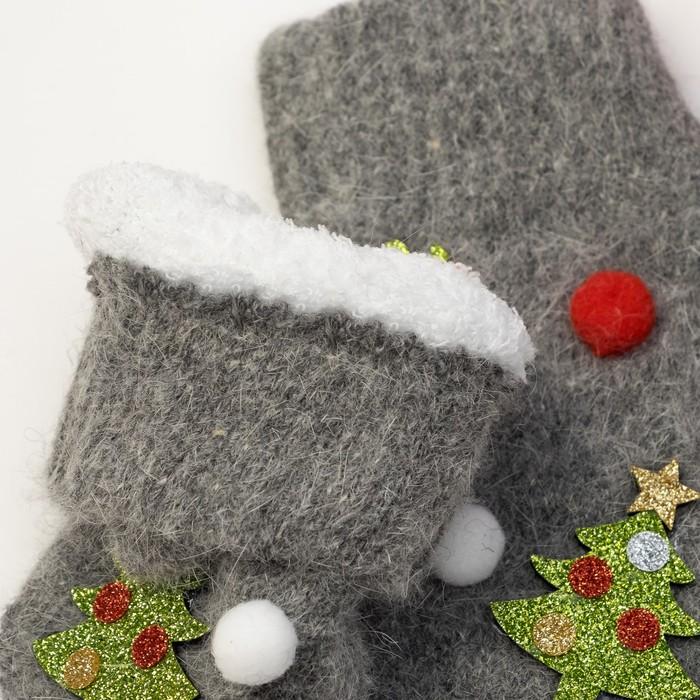"""Варежки детские MINAKU """"Новый год"""", размер 18, цвет серый"""