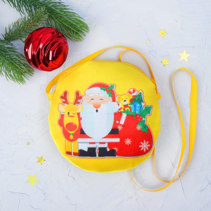 """Мягкая сумочка """"Дед Мороз"""" на мешке снежинки"""