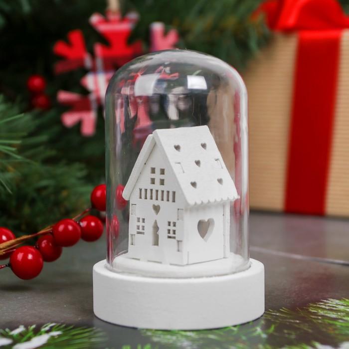"Новогодний сувенир с подсветкой ""Зимний домик"""