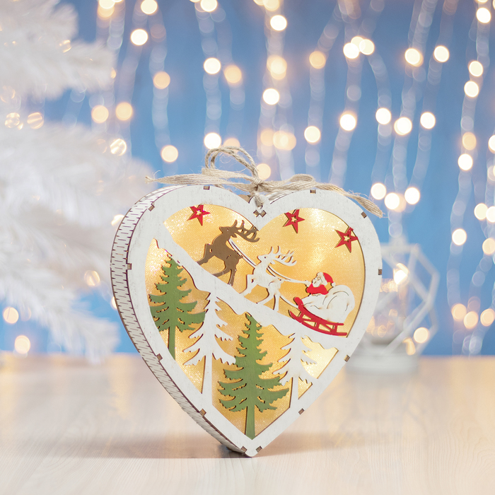 "Фигура деревянная ""Сердце Сани с Оленями"", 19х19х3.5 см, 2*AA (не в компл.) 5 LED, белое"