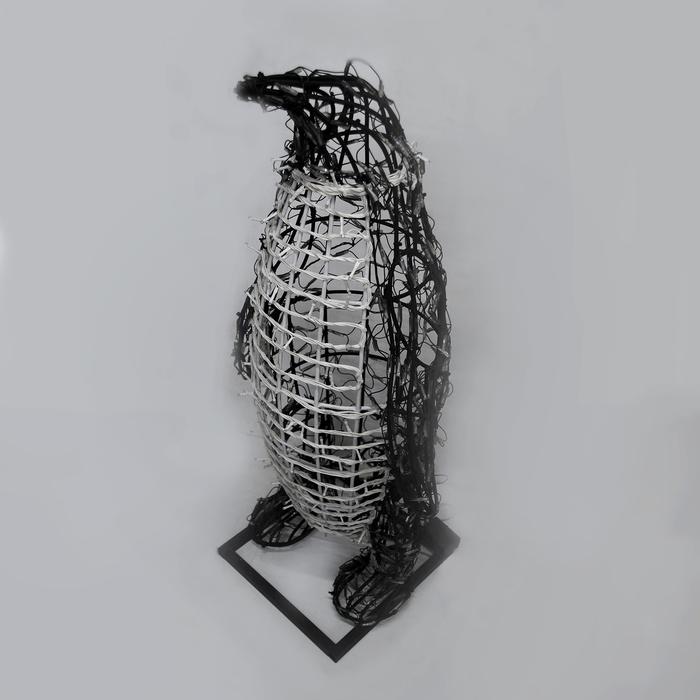"Светодиодная фигура ""ПИНГВИН"", объёмная, 1.5 х 0.58 х 0.69 м, статика, 80 Вт"