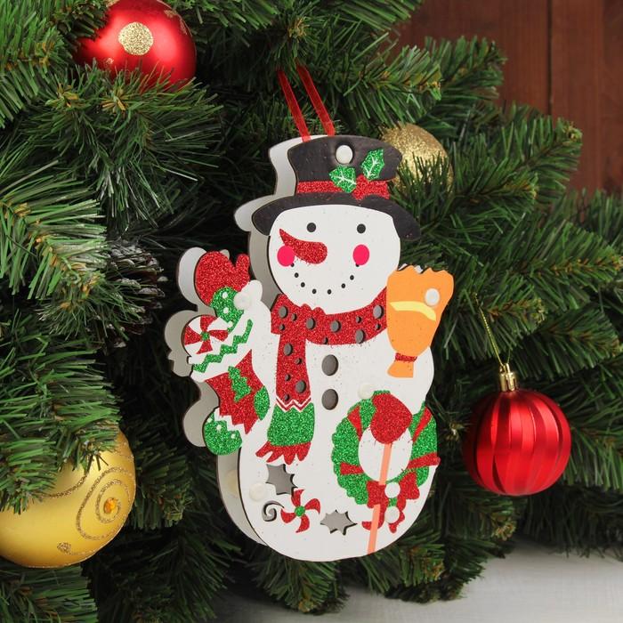 """Декор с подсветкой """"Снеговик"""" 2,3×14×19,5 см"""