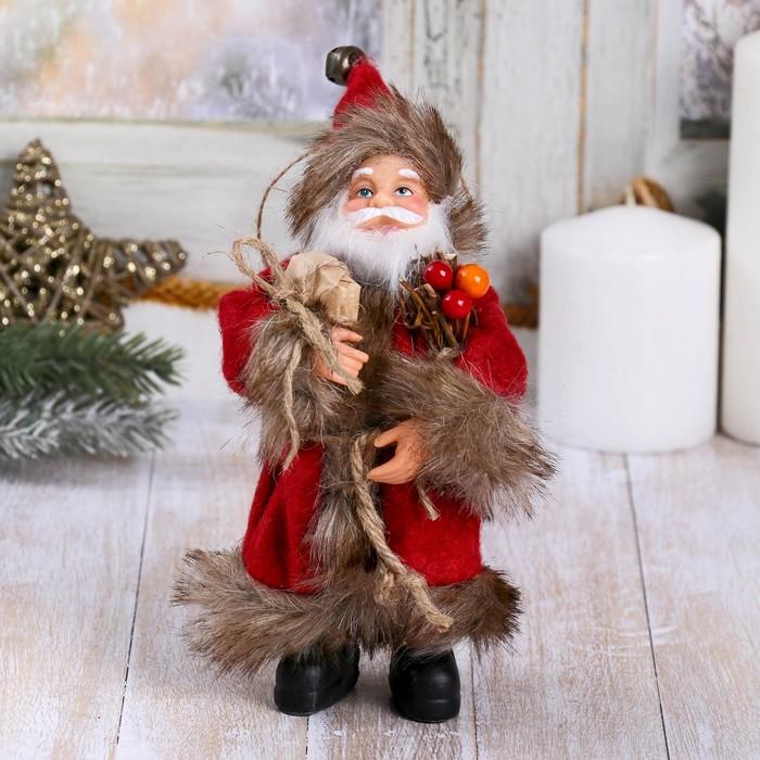 Дед Мороз в красной шубке с хворостом 16 см