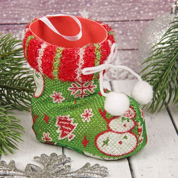 """Подарочная упаковка """"Сапожок"""" вязаный снеговик и бантик"""