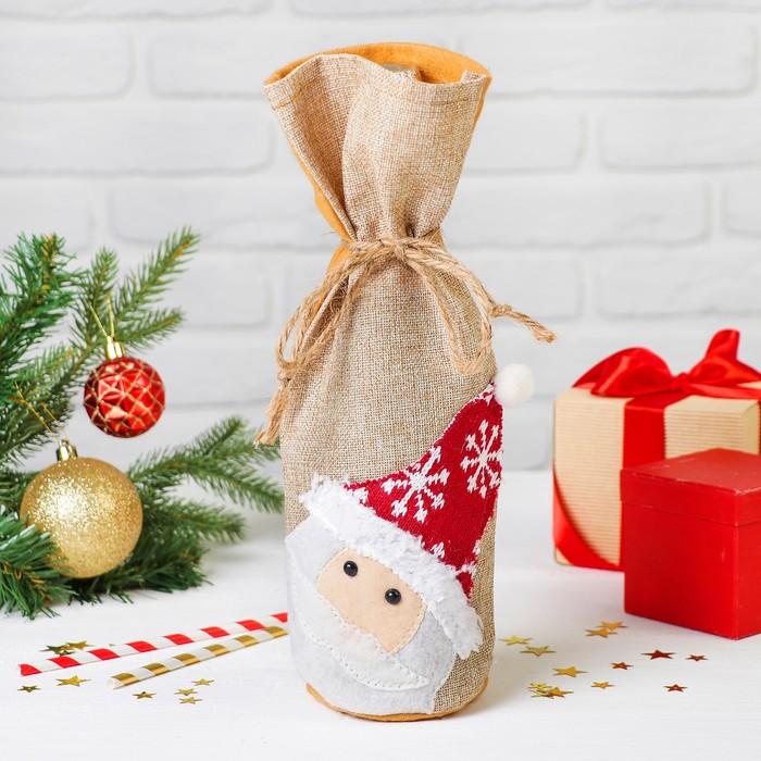 """Одежда на бутылку """"Дед Мороз"""" шапочка со снежинкой"""