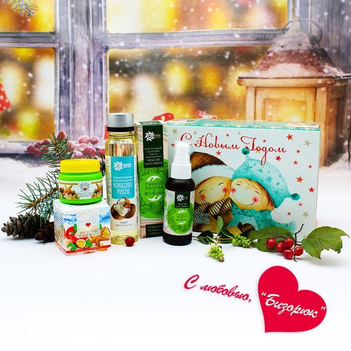 Новогодний набор с маслами: масло массажное 60 мл, масло кокосовое 100 мл, масло ши с маракуйей