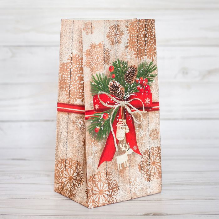 Пакет подарочный без ручек «Стильный подарок», 10 × 19,5 × 7 см