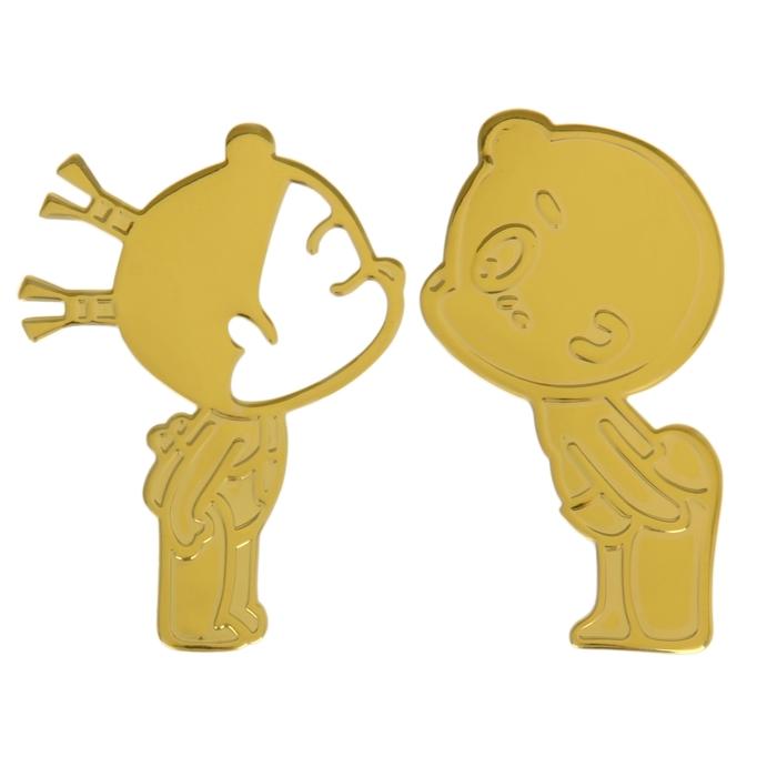 Декоративная наклейка на автомобиль Поцелуй, золото
