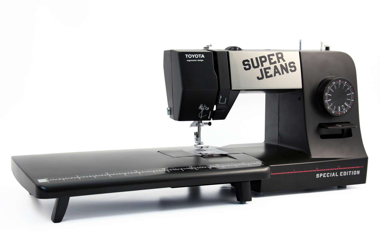 Швейная машина Toyota Super Jeans 15PE