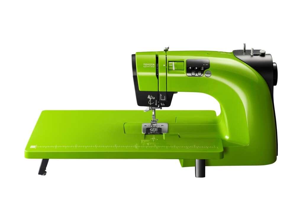 Швейная машина со столиком TOYOTA OEKAKI 50 LG