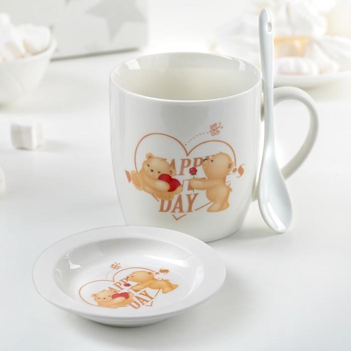"""Кружка 330 мл """"Влюбленные мишки"""", с подставкой и ложкой, рисунок МИКС"""