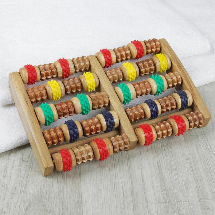 Массажёр «Ножное счастье», деревянный, 5 рядов с шипами, цвет МИКС